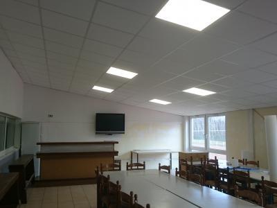 Faux-plafond Club-house isolé Thermique /Phonique,  éclairage LED